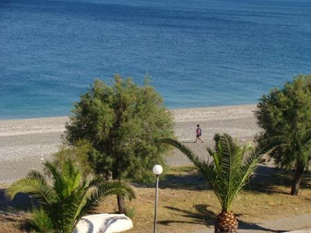 Tutto-Annunci Fronte mare vicino Taormina